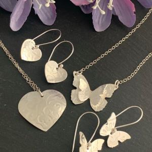 Silhouette pendant and earrings workshop